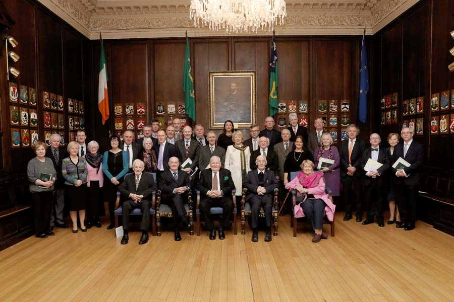 Descendants of Members of the First Dáil meet President Higgins and his wife, Sabina.